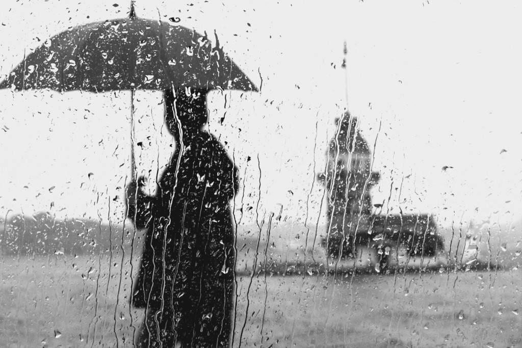 モンベル 折りたたみ 傘