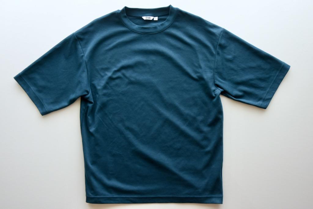 表面に上質なコットン糸、裏面にエアリズムを使用したエアリズムコットンオーバーサイズTシャツ